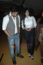 Ayesha Takia, Ranvijay Singh at Nagesh Kuknoor_s film Mod first look in Cinemax, Mumbai on 2nd Aug 2011 (30).JPG