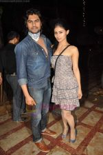 Gaurav Chopra, Mouni Roy at producer Sunil Bohra_s party in Kino_s Cottage on 2nd Aug 2011 (10).JPG