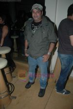 Suresh Menon at Entertainment Ke Liye Kuch bhi karega bash in Mumbai on 4th Aug 2011 (8).JPG