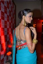 Model walks the ramp for Saree designer Shruti Sancheti showcase at 7TH Retail Jeweller Awards in Lalit Hotel on 6th Aug 2011 (52).JPG