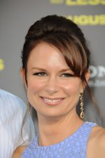 Mary Lynn Rajskub attends the LA Premiere of 30 Minutes or Less in Grauman_s Chinese Theater on 8th August 2011 (10).jpg