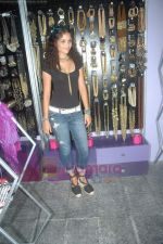 Ayesha Kapoor of Black fame at her own store launch in Infinity Mall, Malad on 9th Aug 2011 (14).JPG