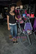 Ayesha Kapoor of Black fame at her own store launch in Infinity Mall, Malad on 9th Aug 2011 (41).JPG