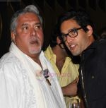 Vijay Mallya at Rishi Acharya�s Birthday Brunch in Tryst, Phoenix Mills, Mumbai on 9th Aug 2011 (12).JPG