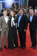 Daniel Craig, Olivia Wilde, Jon Favreau and Harrison Ford attends the Cowboys and Aliens UK Premiere in Cineworld in the O2 Arena on 11th August 2011 (13).jpg