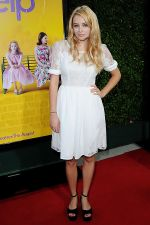 Keeley Hazell attends the LA Premiere of THE HELP in Samuel Goldwyn Theater, Beverly Hills on 9th August 2011 (2).jpg