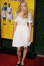 Keeley Hazell attends the LA Premiere of THE HELP in Samuel Goldwyn Theater, Beverly Hills on 9th August 2011 (5).jpg