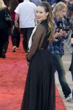 Olivia Wilde attends the Cowboys and Aliens UK Premiere in Cineworld in the O2 Arena on 11th August 2011 (15).jpg