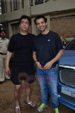 Sajid Nadiadwala at Men_s Helath fridly soccer match with celeb dads and kids in Stanslauss School on 15th Aug 2011 (30).JPG