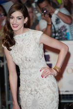 Anne Hathaway attends the One Day European Premiere at Vue Cinema, Westfield Shopping Centre on 23rd August 2011 (24).jpg