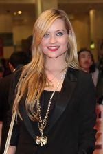 Laura Whitmore attends the One Day European Premiere at Vue Cinema, Westfield Shopping Centre on 23rd August 2011 (14).jpg