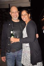Loy Mendonsa at Shankar Ehsaan Loy post concert in Bungalow 9 on 24th Aug 2011 (44).JPG