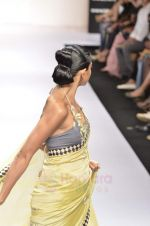 Model walk the ramp for Digvijay Singh show at Lakme Fashion Week 2011 on 20th Aug 2011 (8).JPG
