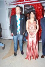 Mikaal Zulfikaar, Priti Soni at Ur My jaan music launch in Juhu, Mumbai on 25th Aug 2011 (8).JPG