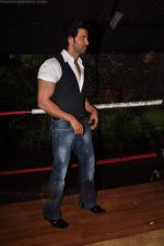 Hrithik Roshan On the sets of Hrithik_s Just Dance in Filmcity on 27th Aug 2011 (95).JPG