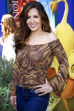 Maria Canals-Barrera attends the World Premiere of movie The Lion King 3D at the El Capitan Theater on 27th August 2011 (17).jpg
