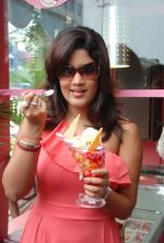 Soumya Bollapragada Launches Scoops Temptations on 27th August 2011 (21).jpg
