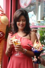 Soumya Bollapragada Launches Scoops Temptations on 27th August 2011 (29).jpg