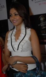 Madhu Shalini attends the Blenders Pride Hyderabad Fashion Show on 28th August 2011 (2).JPG