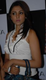 Madhu Shalini attends the Blenders Pride Hyderabad Fashion Show on 28th August 2011 (1).JPG