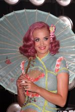 Katy Perry at the 2011 MTV Video Music Awards in LA on 28th August 2011 (3).jpg