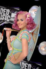Katy Perry at the 2011 MTV Video Music Awards in LA on 28th August 2011 (5).jpg