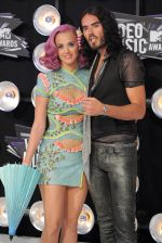 Katy Perry, Russell Brand at the 2011 MTV Video Music Awards in LA on 28th August 2011 (13).jpg