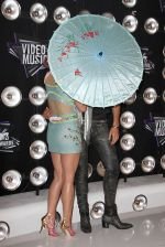 Katy Perry, Russell Brand at the 2011 MTV Video Music Awards in LA on 28th August 2011 (14).jpg