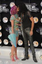 Katy Perry, Russell Brand at the 2011 MTV Video Music Awards in LA on 28th August 2011 (15).jpg