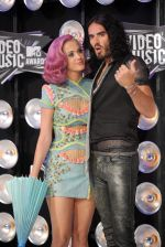 Katy Perry, Russell Brand at the 2011 MTV Video Music Awards in LA on 28th August 2011 (17).jpg