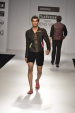 Model walk the ramp for Manoviraj Khosla at Van Heusen India Mens Week Day 3 on 4th Sept 2011 (48).JPG
