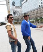 Ajay Devgan, Sanjay Dutt in Rascals Movie Stills (19).jpg
