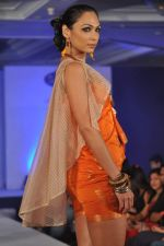 Shamita Singha at WLC Chimera fashion show in Leela Hotel on 8th Sept 2011 (300).JPG