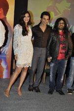 Sonam Kapoor, Shahid Kapoor, Kunal Ganjawala at Mausam film music success bash in J W Marriott on 8th Sept 2011 (105).JPG