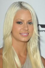 Maryse Ouellet attends the 5th Annual Boyle Heights Tech Youth Center Gala on 8th September 2011 (6).jpg