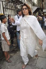 Neetu Singh at the farewell to photogrpaher Gautam Rajadhyaksha in Mumbai on 13th Sept 2011 (101).JPG