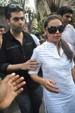 Rani Mukherjee, Karan Johar at the farewell to photogrpaher Gautam Rajadhyaksha in Mumbai on 13th Sept 2011 (114).JPG