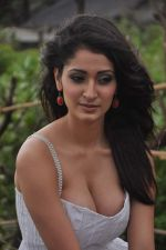 Alankrita Dogra on the sets of film Lethal Comission in Madh on 14th Sept 2011 (18).JPG