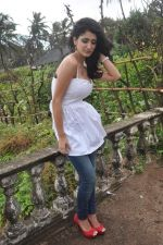 Alankrita Dogra on the sets of film Lethal Comission in Madh on 14th Sept 2011 (22).JPG