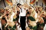 Shahrukh Khan in the still from movie Ra.One (2).jpg