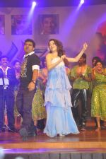 Tamanna Bhatia, Junior NTR dances at the Oosaravelli Movie Audio Launch on 14th September 2011 (106).JPG