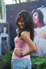 at Punjab Fashion Week auditions in Riyaz Gangji Store on 17th Sept 2011 (23).JPG