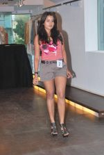 at Punjab Fashion Week auditions in Riyaz Gangji Store on 17th Sept 2011 (31).JPG