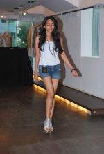 at Punjab Fashion Week auditions in Riyaz Gangji Store on 17th Sept 2011 (32).JPG