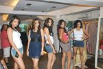 at Punjab Fashion Week auditions in Riyaz Gangji Store on 17th Sept 2011 (35).JPG