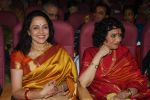 Hema Malini, Vyjayantimala at Vyjayantimala Bali tribute in Dadar on 18th Sept 2011 (78).JPG