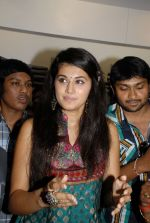 Tapsi Launches Avolution Fashion Showroom on 19th September 2011(62).JPG
