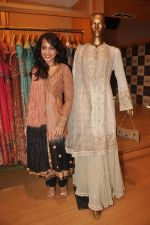 Auritra Ghosh at Ritu Kumar store in Phoneix Mill on 21st Sept 2011 (37).JPG