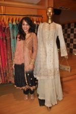 Auritra Ghosh at Ritu Kumar store in Phoneix Mill on 21st Sept 2011 (43).JPG