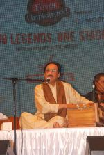Ghulam Ali at the concert in Shanmukhanad Hall, Sion on 24th Sept 2011 (21).JPG